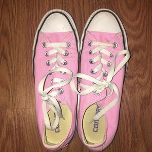 BABY PINK CONVERSE SIZE 7.5
